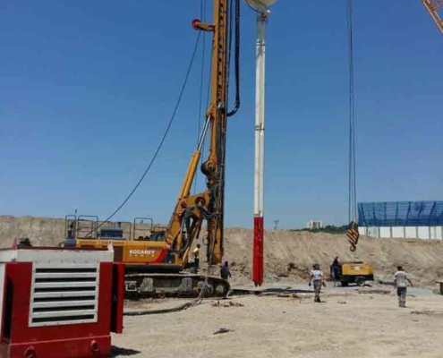Drill Rig Mounted Vibroflotation Method All Equipment Front View