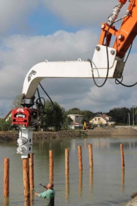 Excavator Mounted Vibro Hammer With Hydraulic Clamp For Timber Driving